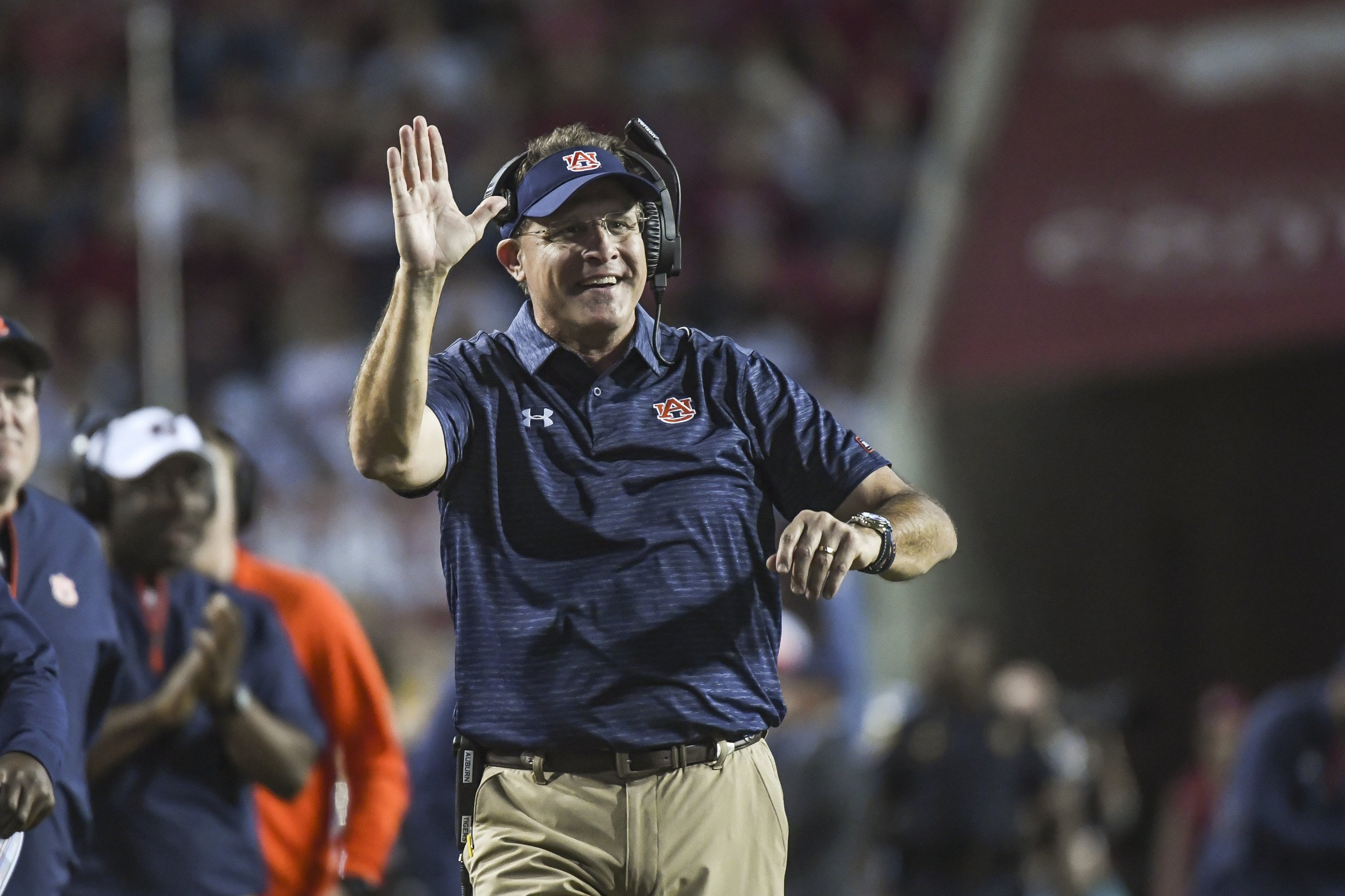 2019 auburn tigers football-season win total-over/under-odds-gus malzahn