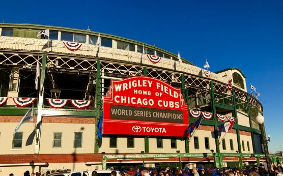 Cubs-sportsbook-Wrigley Field-casino-illinois-sports betting-legal-Chicago Cubs